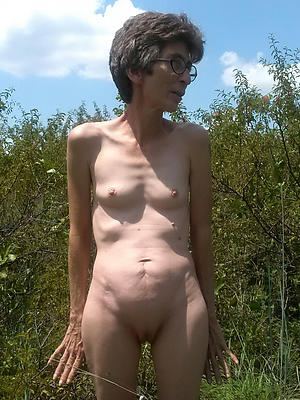 xxx pictures for undernourished granny pussy