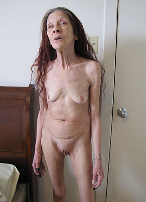 chap-fallen skinny granny pussy