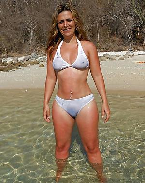 hot sexy women in bikinis private pics