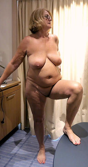 making love galleries of granny foot fetish