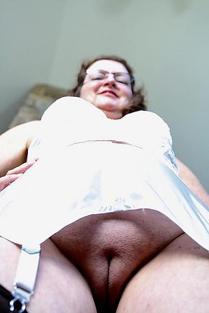 granny pussy pic free pics