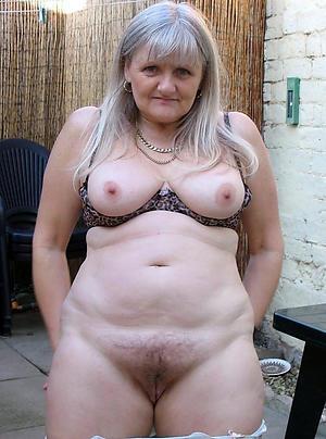 horny lady granny porn pics