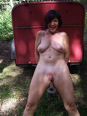 old full-grown granny pussy porn pics