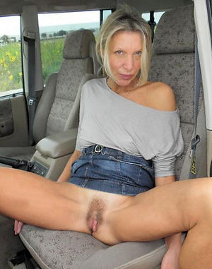 old mature granny pussy amateur pics