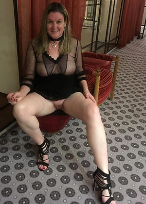 nude upskirt granny pics
