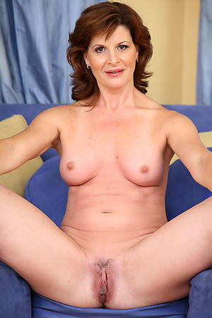 beautiful mature grannies with tight pussy