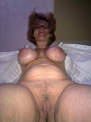 nude pics be advantageous to older women big bosom