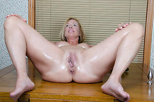 erotic beauty older women solo