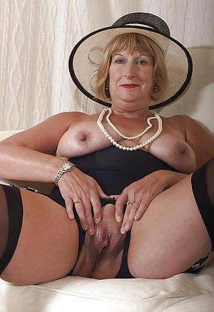 elegant older women freash pussy