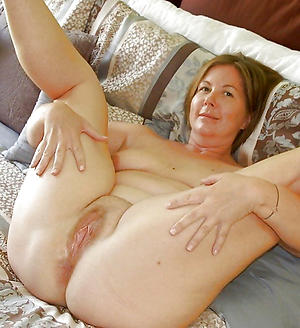 hot experienced housewives stripping