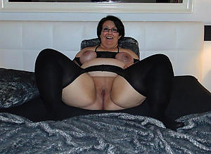 hot amateur granny in stockings stripping
