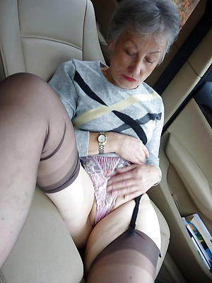 hot solo granny stripping