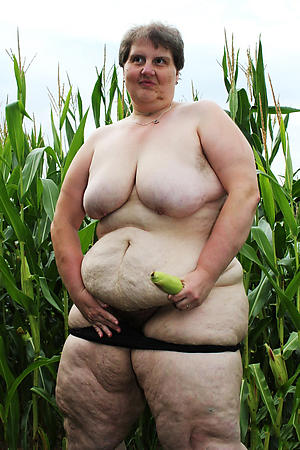 nude pics of bbw older women