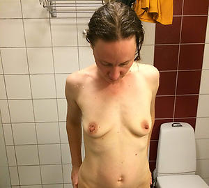 old small tits amateur pics