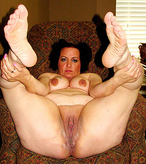 sexy older women feet private pics