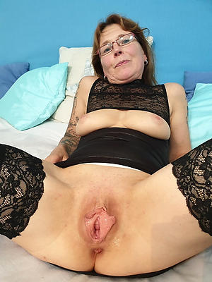 hot undisguised granny vulva stripping