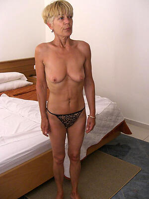 free pics of naked old grannies