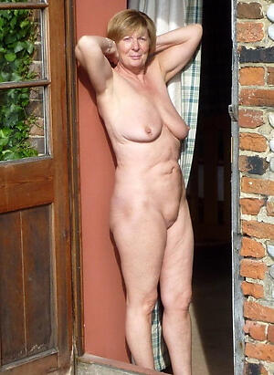 hot old grannies solo stripping