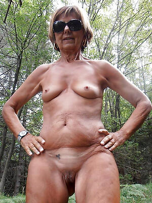 old granny shaved pussy posing unveil
