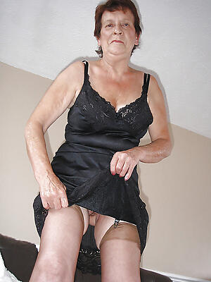 naked old grannies amateur pics