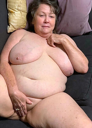 chubby granny pussy amateur pics