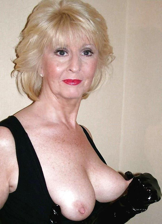 Cougar nude Free MILF