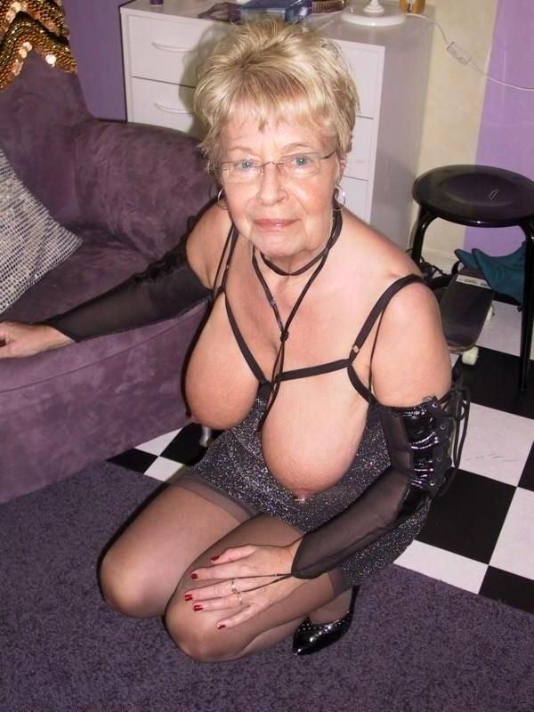 Pics grannyporn Free Granny