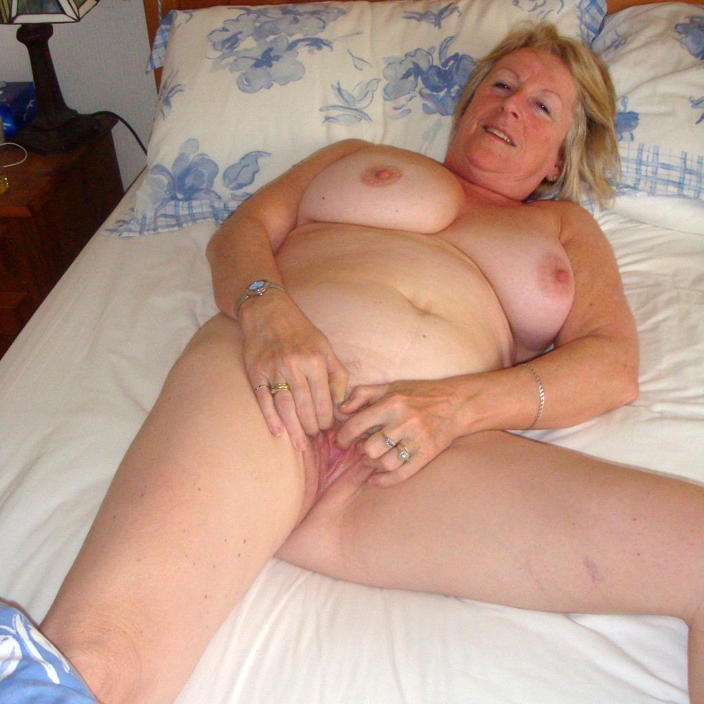 Old lady pics xxx
