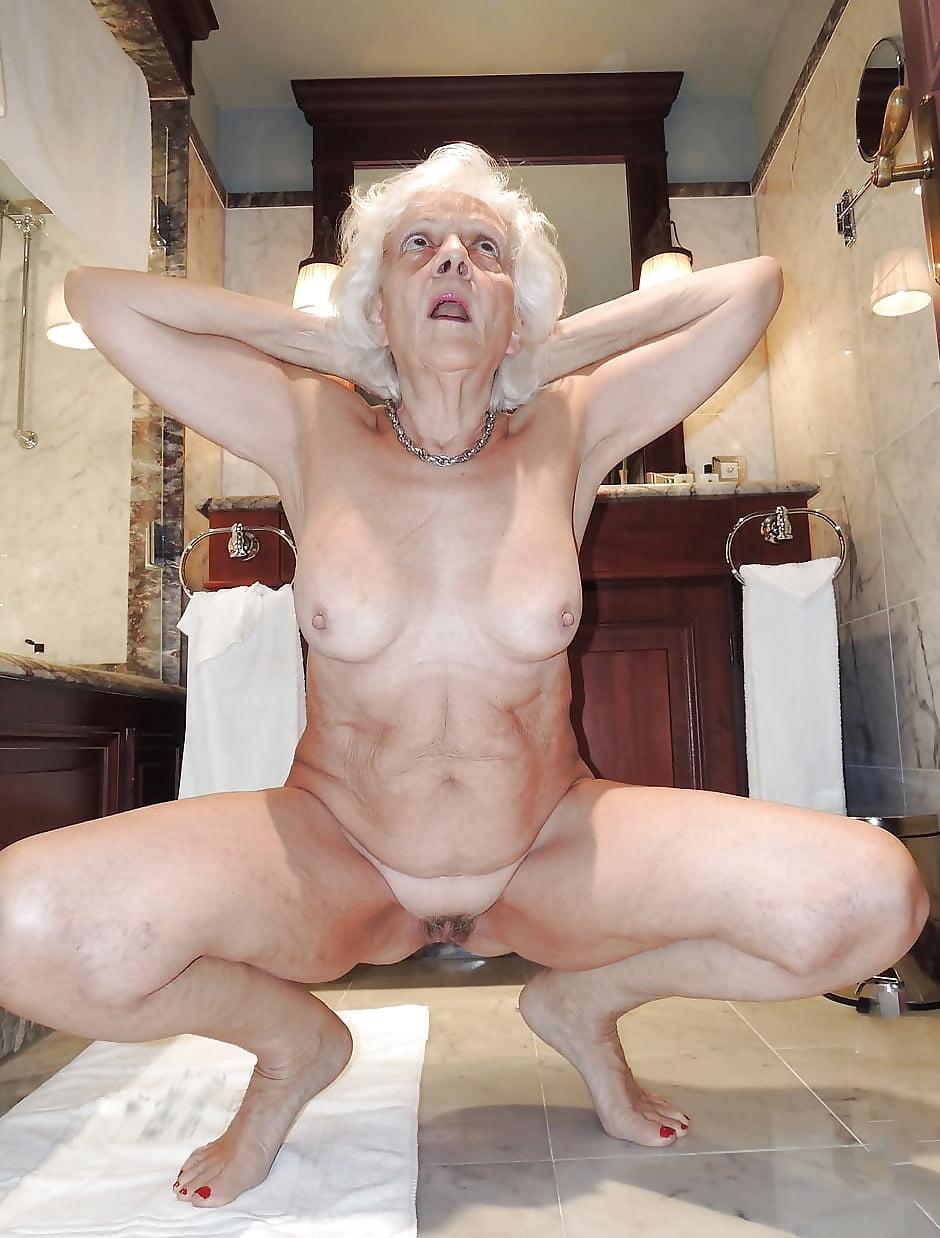 Nice naked women pics