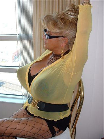 Granny porn busty Old Women