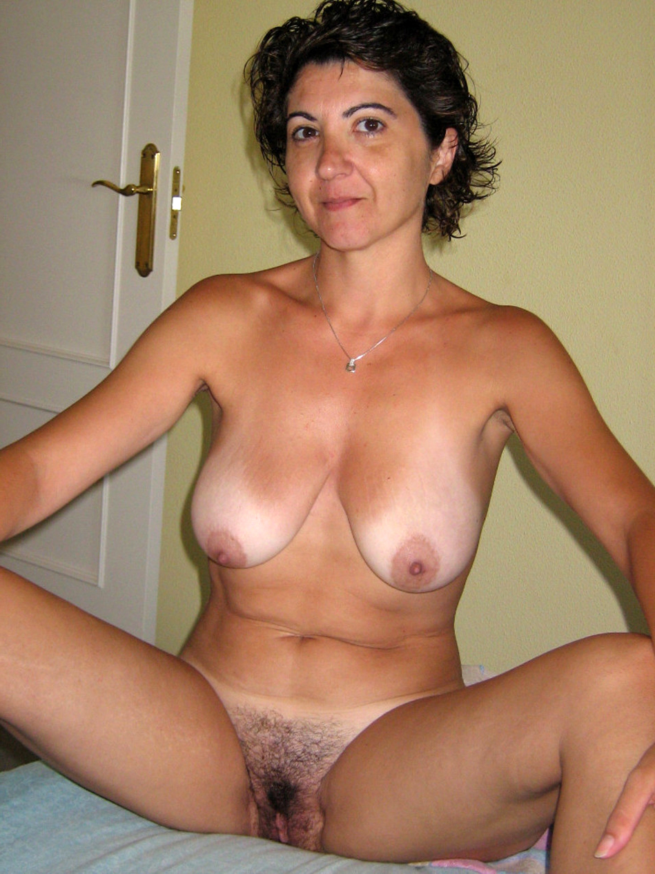 amateur wife handjob husband