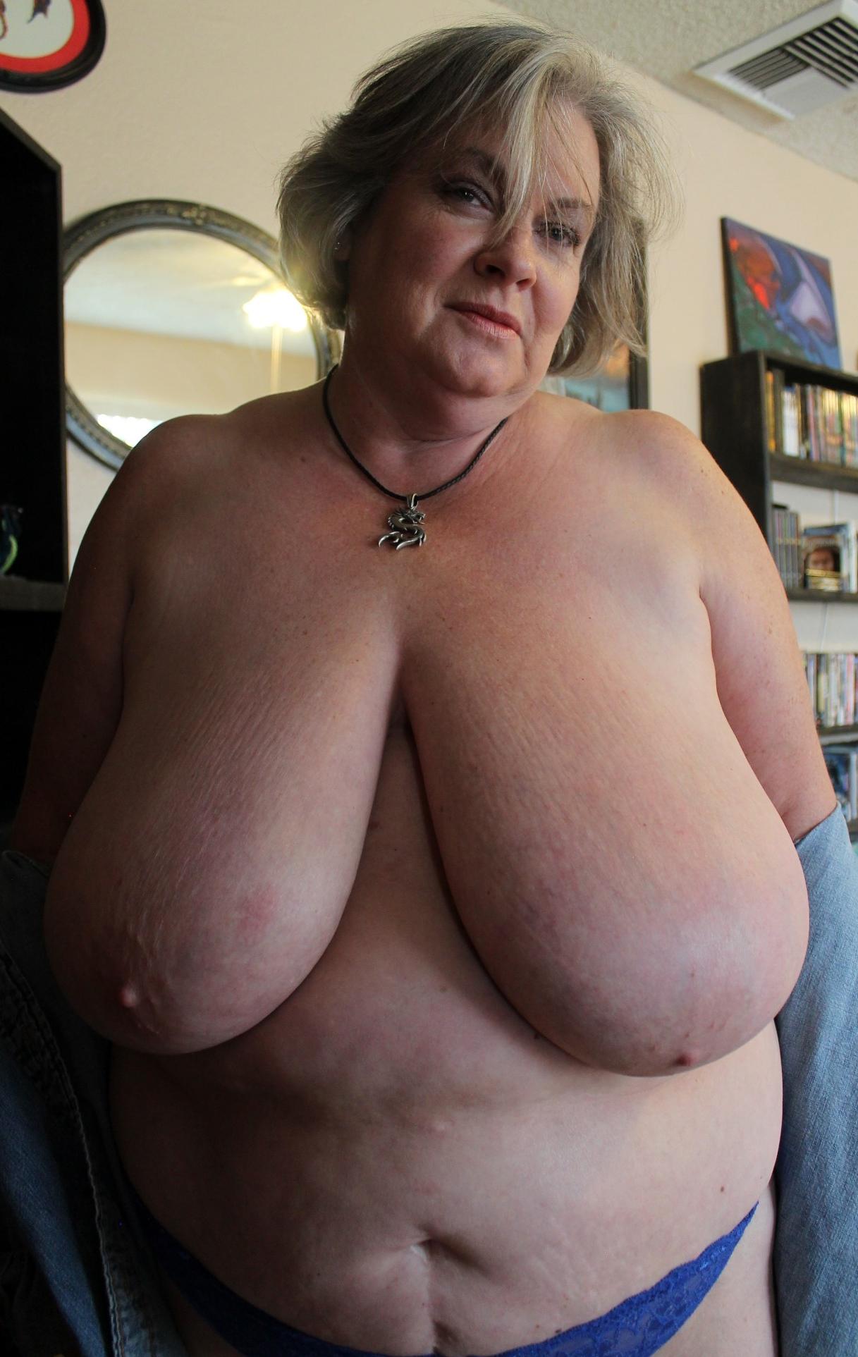 Pics saggy granny Saggy Granny