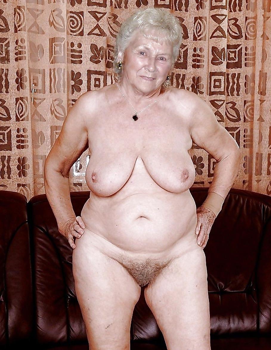 Nackt mature pussy Mature webcam