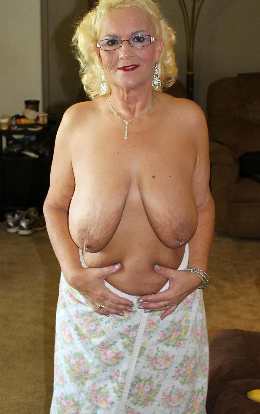 Granny tits saggy Saggy tits