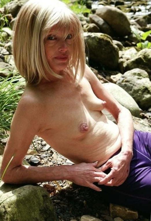 Amateur pics skinny Category:Naturist women