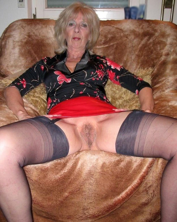 Nude Grandmothers
