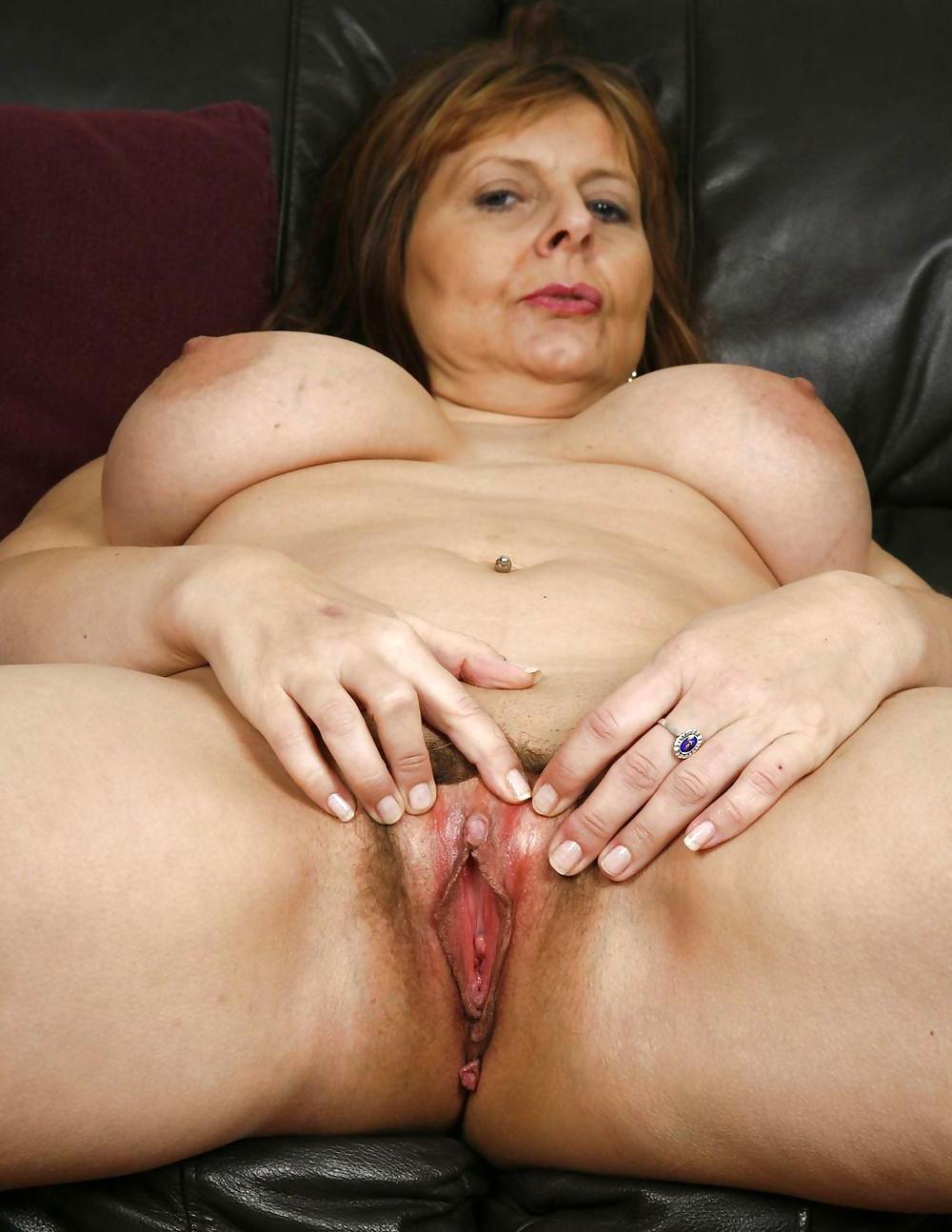 Women Playing Herself Dildo