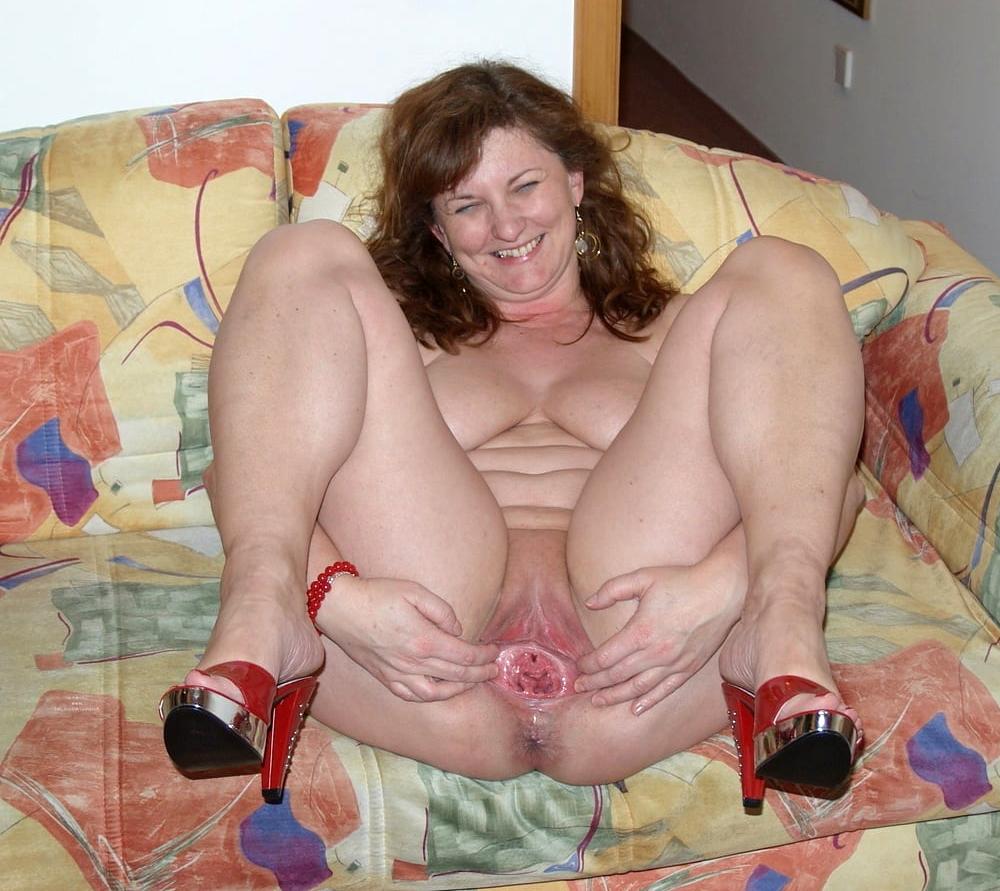Homemade Pussy Mom
