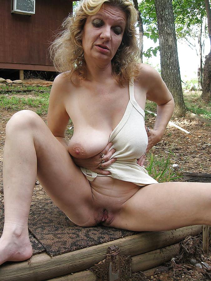 Free mature porn pic
